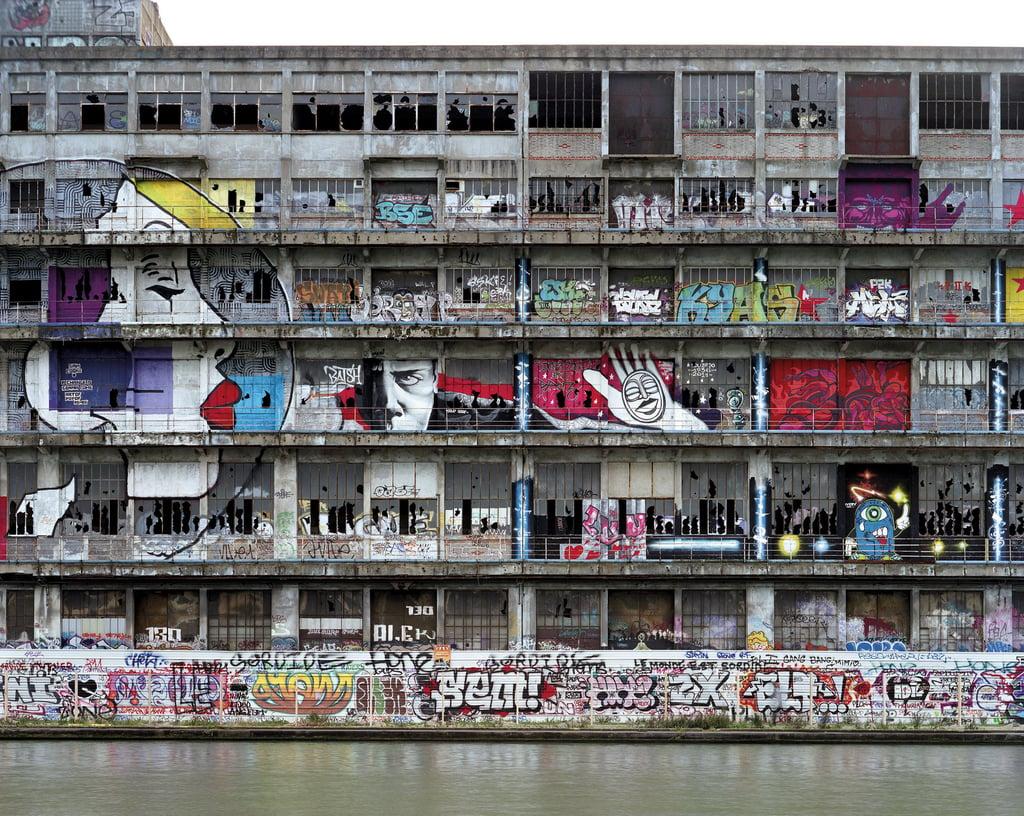 les-magasins-generaux-by-betc-paris-offices-architecture_dezeen_2364_col_1-1.jpg