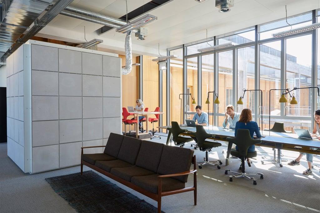 les-magasins-generaux-by-betc-paris-offices-architecture_dezeen_2364_col_31.jpg