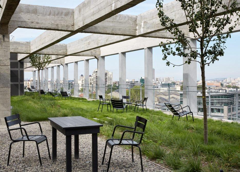 les-magasins-generaux-by-betc-paris-offices-architecture_dezeen_2364_ss_7-936x669.jpg