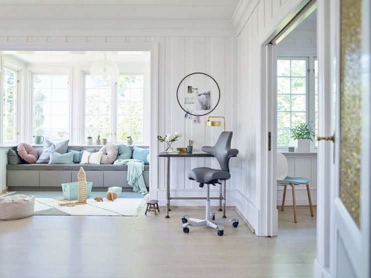 HÅG Capisco grey office chair for home office scandinavian style