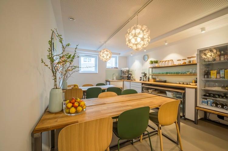 cowoki-coworking-furniture-wooden-kitchen-relax-space.jpg