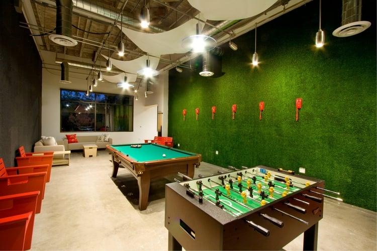 skype-office-green-wellbeing-usa.jpg