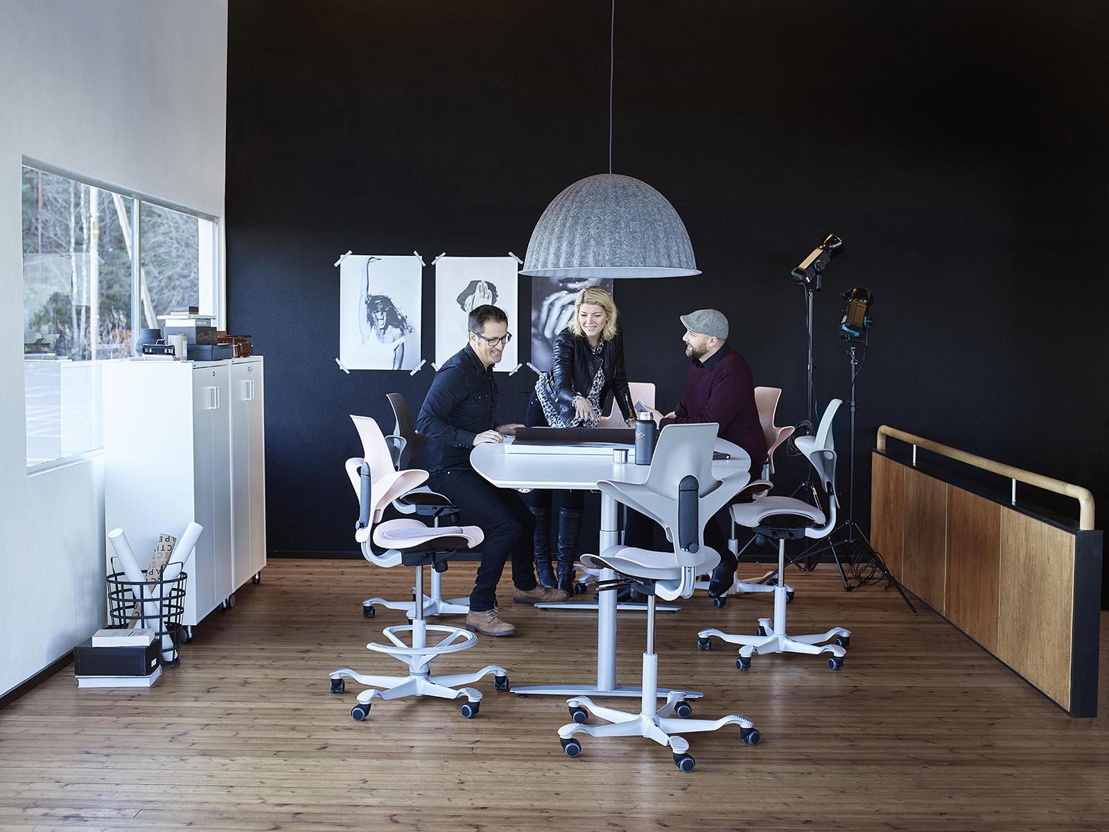 benefits-ergonomic-chairs-hag-capisco